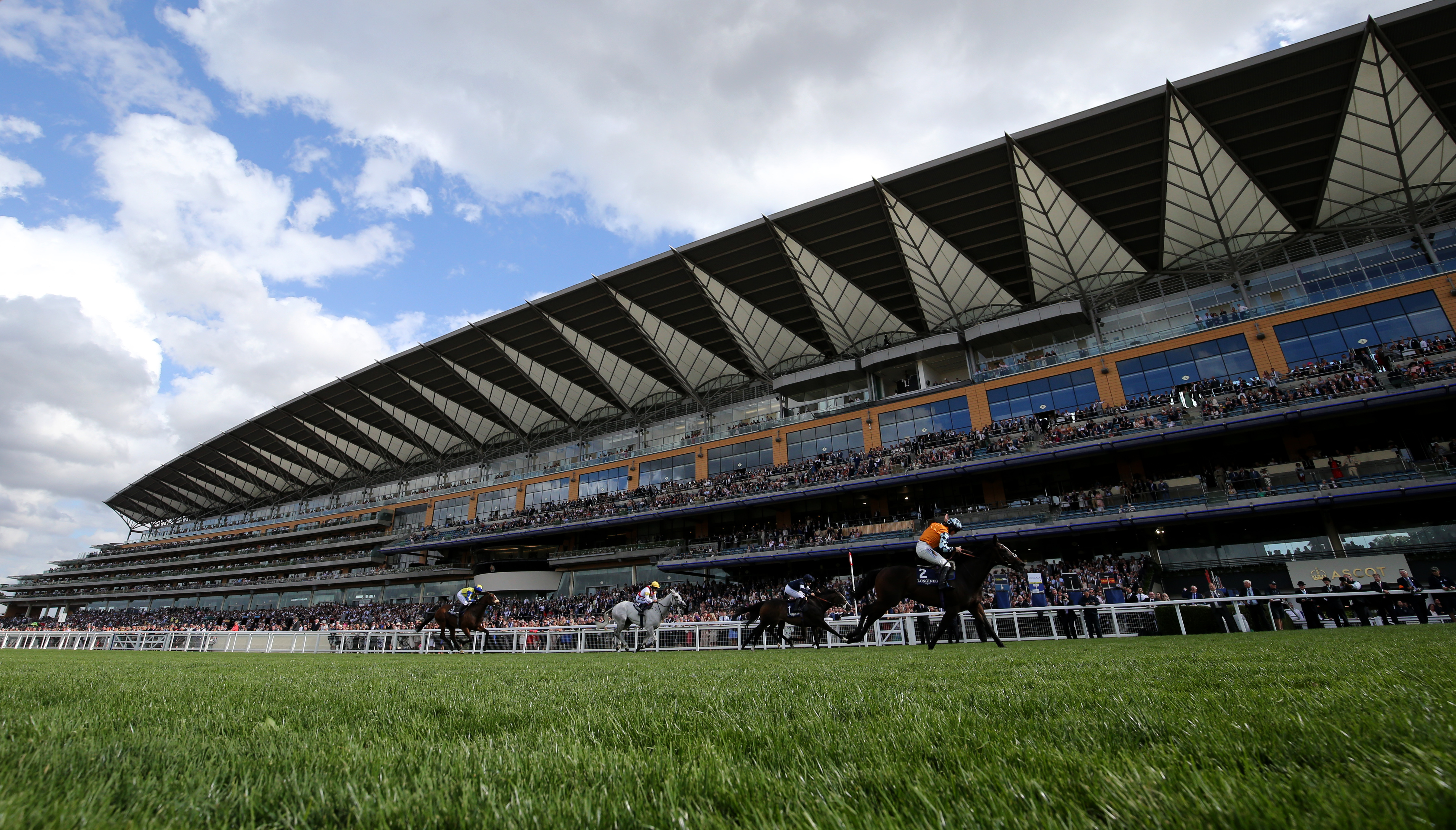 Horse Racing: Newmarket, Ascot, Redcar and Longchamp Preview