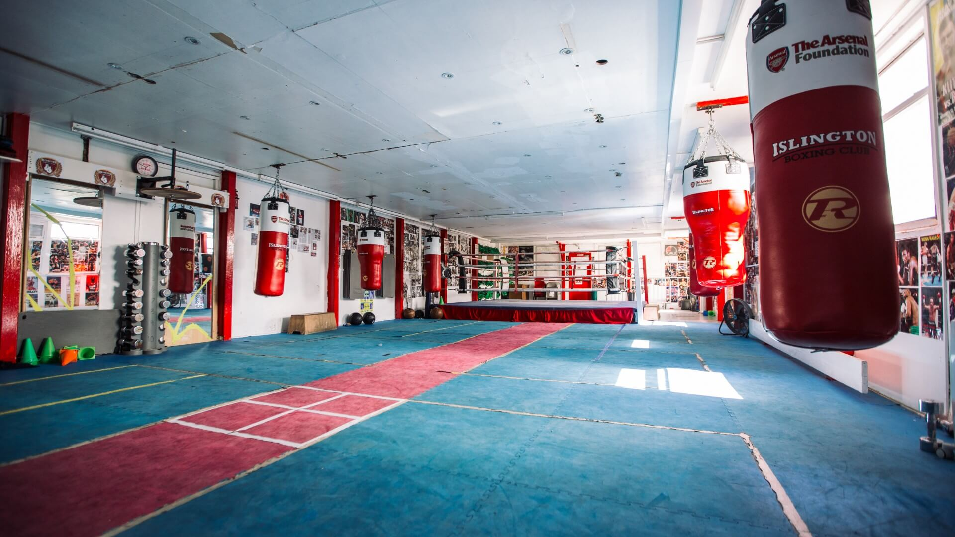 Donation to Islington Boxing Club proves to be a real knockout