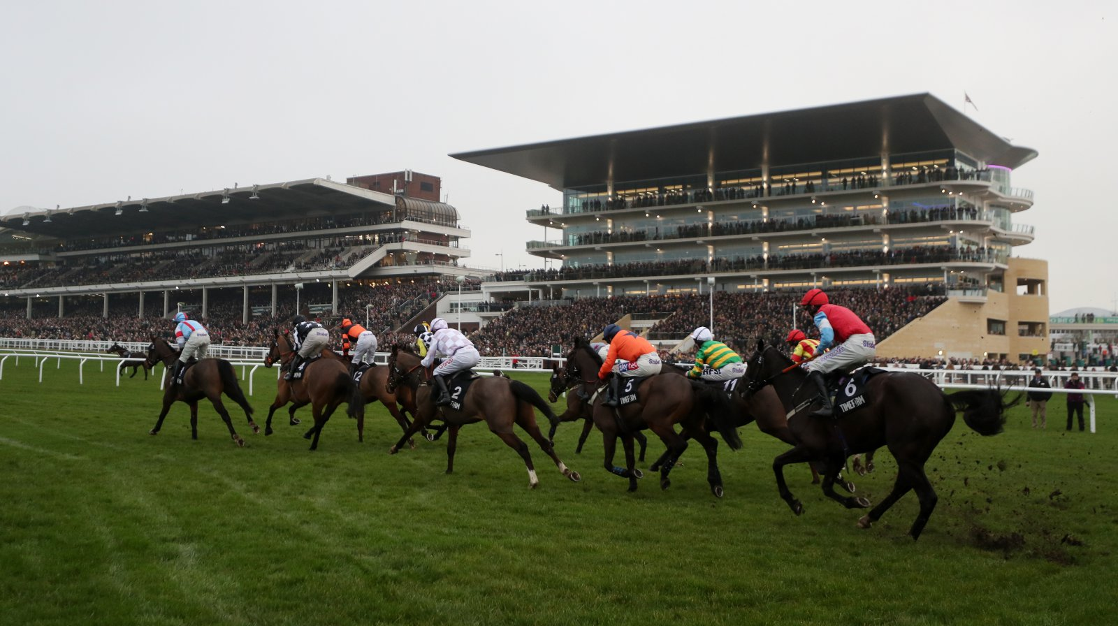 Horse Racing: Cheltenham, Doncaster & Newbury – Preview & Tips